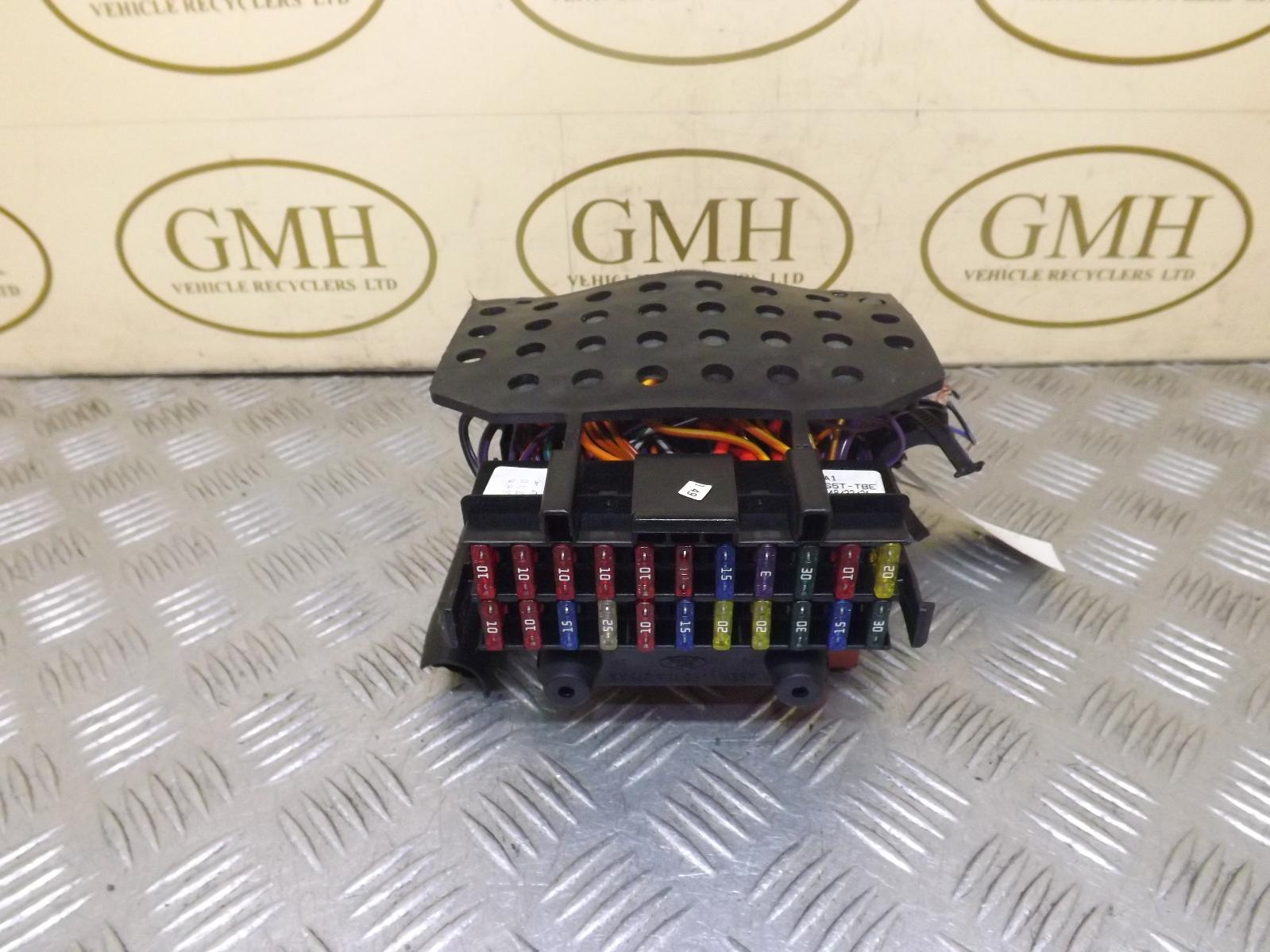 Ford ka petrol interior fuse box fusebox s t