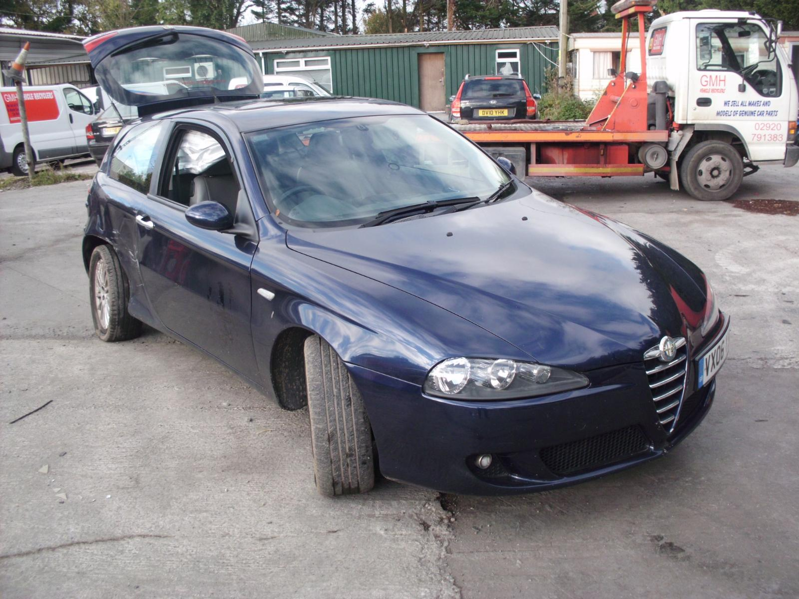 alfa romeo 147 1 9 jtd diesel fuel injector 2 pins 2000 2009 ebay. Black Bedroom Furniture Sets. Home Design Ideas
